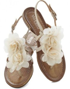 e14dfa07f 25 Adorable Sandals for Your Most Fashionable Summer Yet .