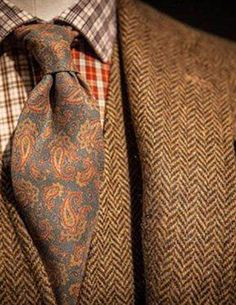 Paisley and tweed. Oooooooooooooh!!!!!!!!!!!!!!!!!!!!