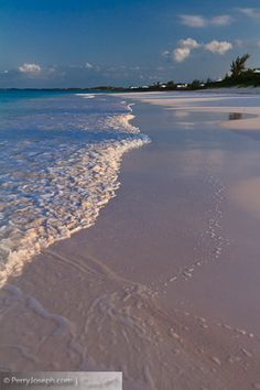 Pink Sand Beaches of Harbor Island, Eleuthera, Bahamas