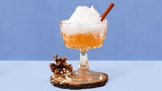 Celebrate Your Snow Day With This Frozen Spiced Apple Snowball Cocktail Fruit Drinks, Beverages, Drinks Alcohol, Cocktail Recipes, Cocktails, Snowballs Recipe, Hawaiian Shaved Ice, Mulled Apple Cider, Cocktail