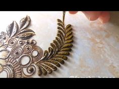 How to henna vines and leaves professionally Modern Henna Designs, Floral Henna Designs, Basic Mehndi Designs, Henna Tattoo Designs Simple, Latest Bridal Mehndi Designs, Stylish Mehndi Designs, Mehndi Designs For Girls, Mehndi Designs For Beginners, Henna Designs Easy