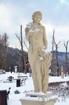 Zapraszamy na zimowe spacery do Paku Zdrojowego Zapoporadzie w u pięknym uzdrowisku Muszyny.