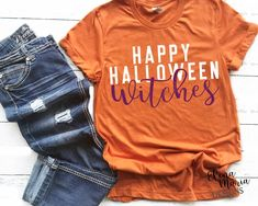Happy Halloween Witches Svg Cut File, Diy And Crafts, Really cute Halloween SVG cut cile for Cricut and Silhouette projects! Happy Halloween, Diy Halloween Costumes For Kids, Halloween Witches, Diy Halloween Shirts, Halloween Vinyl, Halloween Fashion, Halloween Projects, Halloween 2019, Fall Halloween