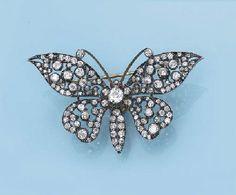 AN ANTIQUE DIAMOND BUTTERFLY BROOCH c.1870