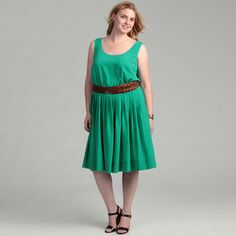 @Overstock - With a pleated skirt, this stylish kelly green dress from Calvin Klein will flatter your figure. With a light stretch, this sleeveless dress is finished with a fashionable belt.http://www.overstock.com/Clothing-Shoes/Calvin-Klein-Womens-Plus-Size-Kelly-Green-Dress/6542407/product.html?CID=214117 $86.99