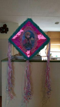 Fronzen piñata