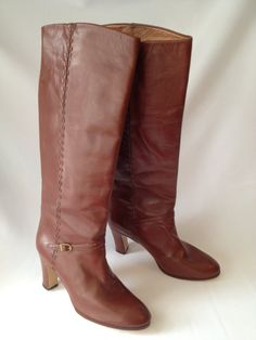 Size 8 Vintage sandalwood knee high boots with detailed side stitching / Made in Italy / Etsy