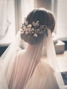 Bride veil hair wedding