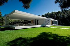 The Glass Pavilion   Architect: Steve Hermann