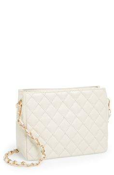 Always in style - Ivory quilted crossbody bag.