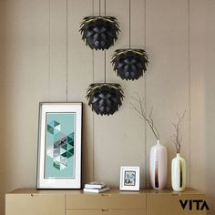 Design your own beautiful cluster of lights with Silvia mini black&gold!