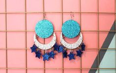 Diy Earrings, Polymer Clay Earrings, Crochet Earrings, Resin Jewelry, Diy Jewelry, Star Costume, Stick Art, Tiki Party, Fabric Animals