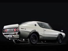 1973 Nissan Skyline H/T 2000GT-R 'Kenmeri' | Monterey 2015 | RM Sotheby's