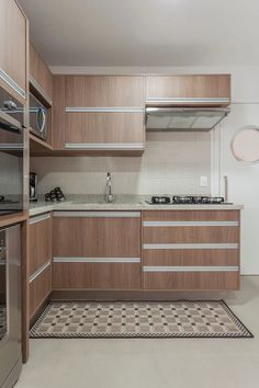 Reforma de cozinha Kitchen Models, Küchen Design, Home Kitchens, Marcel, My House, Sweet Home, Kitchen Cabinets, Indoor, Bathroom