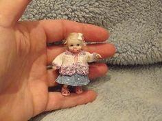 Miniature handmade MINI BABY GIRL TODDLER ooak DOLLHOUSE ART DOLL HOUSE OUTFIT