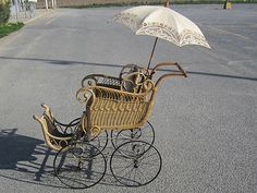 """VICTORIAN  WICKER """"PRAM"""" BABY CARRIAGE PARASOL, ANTIQUE OLD BUGGY"""