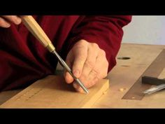 Not much familiar with woodcarving, but he gives some great beginner's tips. Wood Carving Tools, Wood Carvings, Chip Carving, Wood Stone, Book And Magazine, Old Wood, Woodworking Ideas, Bushcraft, Wood Projects