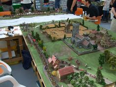 Wargaming Table, Wargaming Terrain, Tabletop Board Games, Game Terrain, Model Building, Warhammer 40k, 17th Century, Dungeons And Dragons, Scenery