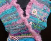 Gilet cache coeur pastel, laine filée main