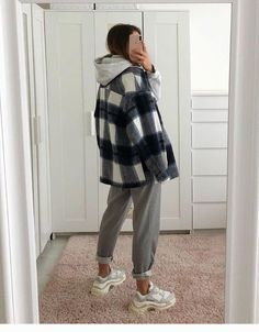 Winter Mode Outfits, Winter Fashion Outfits, Fashion Fall, Fashion Women, Summer Outfits, Street Style Outfits, Casual Winter Outfits, Retro Outfits, Cool Outfits