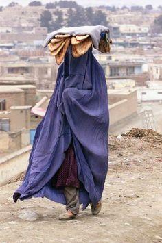 Afganistán. Diana's foot bread?? yummM!