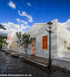 Graaff-Reinet's Drostdy Hotel - Karoo Space Victorian Street, Cape Dutch, Oct 2016, Horse Carriage, Street Lamp, Step Inside, Lodges, Road Trips, South Africa