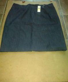 Women's Van Heusen Studio Brand Very Nice Skirt Size 18 $72.00 Value