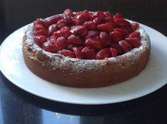 White chocolate cheesecake con frutillas