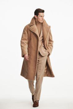 Ralph Lauren Fall 2019 Menswear Fashion Show Collection: See the complete Ralph Lauren Fall 2019 Menswear collection. Look 13 Suit Fashion, Trendy Fashion, Winter Fashion, Fashion Show, Male Fashion, Fashion Trends, Fashion Hair, 70s Fashion, Modest Fashion
