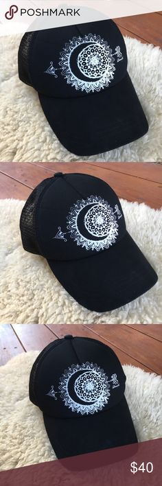 {O'Neill} Moon Arrow Mandala Trucker Hat EUC! Only worn a couple times. Perfect ball cap year round. Vented SnapBack trucker hat. Foam front with fabric outer. Moon, Arrow and Mandala print on front with logo. Boho casual. One Size Fits Most. Bundle and save. Offers warmly welcomed! O'Neill Accessories Hats