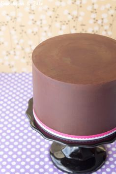 How To Ganache A Cake - A Step-By-Step Tutorial ~ Sweetness & Bite