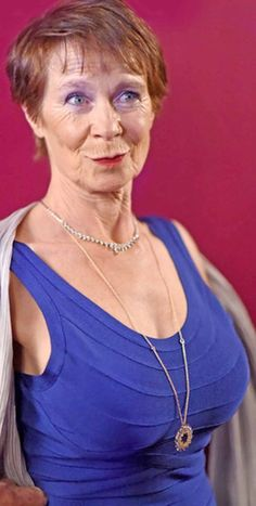 Sexy Cilla imrie has magnificent tit's Celia Imrie, Gorgeous Grannies, Me And Mrs Jones, Brunette To Blonde, Aged To Perfection, Tv Presenters, Fat Women, Sexy Older Women, British Actresses