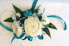 Wrist corsage with Ranunculus