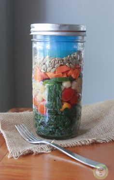 How to build the perfect salad in a jar.
