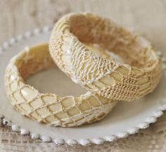Country Living shows here how you canglue doilies around cream braceletsfor a quick and easy vintage-inspired bracelet.