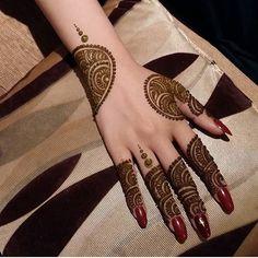 "Inspiration Page on Instagram: ""Henna"" Mehndi Designs Feet, Mehndi Designs 2018, Mehndi Design Pictures, Modern Mehndi Designs, Mehndi Designs For Girls, Henna Designs Easy, Mehndi Designs For Fingers, Beautiful Mehndi Design, Henna Tattoo Designs"