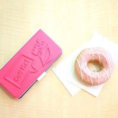 有些事情只有在停下來時才能看得清楚 休息一下來個甜點繼續往前 ---  優惠代碼geli ( 150 元現金折抵 )  詳情介紹bit.ly/qsire_p16a  Qsire app is launched! The world's first mobile platform for designing 3D custom phone cases. You can make your own design in some easy steps. Show yourself at anytime anywhere.  #qsire #phonecase #custom #design #3dprint #3dprinting by qsireofficial