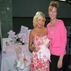 BABY SHOWER THEMES FOR A BABY GIRL