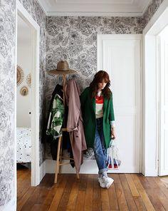 Lisa, Paris 10ème - Inside Closet