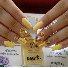 Mais de 90 Ideias para a sua Unha Decorada do Ano Novo! Crazy Nails, Fancy Nails, Trendy Nails, Cute Nails, Cute Nail Art Designs, Colorful Nail Designs, Rhinestone Nails, Bling Nails, Caviar Nails