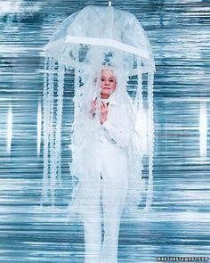 No Sew Costume: Bubble Wrap Jellyfish