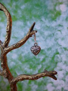 Oorbellen met een hartje van tibetaans zilver, valentijnsdag