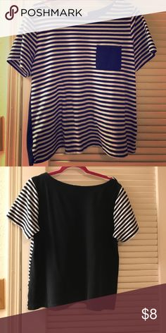 Black and white striped Old Navy top Great condition! Let me know if you have any questions! Old Navy Tops Tees - Short Sleeve