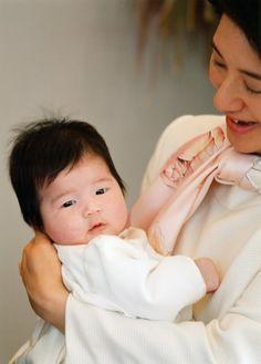 Baby Princess Aiko with her mother Princess Masako of Japan #royals