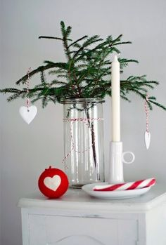 @Cai McLaughlin Ello , how bout' using a branch as a christmas tree? :)