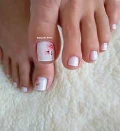 27 Modelos de Unhas com esmalte Branco Uñas Decoradas ? Pretty Toe Nails, Cute Toe Nails, Pretty Toes, Toe Nail Color, Toe Nail Art, Nail Nail, Minimalist Nails, Summer Toe Nails, Bridal Nail Art