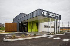 Modern Architecture// Interior Design. New Eye Surgery Center. UrbanARCH Photography by PopFizz || Bryan Allen