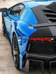 The Lamborghini Aventador is truly an incredible car. With a top speed of over and its striking styling it is impossible not to be noticed when driving. Lamborghini Aventador Lp700 4, Ferrari, Koenigsegg, Maserati, Bugatti, Carros Lamborghini, Pagani Zonda, Audi R8, Luxury Sports Cars