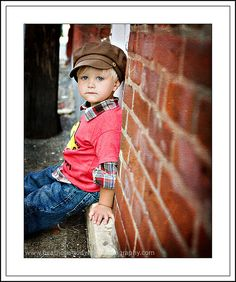 67 ideas photography poses for kids toddlers angles Little Boy Photography, Children Photography Poses, Toddler Photography, Food Photography, Preschool Photography, Boy Pictures, Boy Photos, Cute Photos, School Pictures
