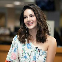 Amazing Outfit Ideas for Every Personal Style Sunny Leone Photographs RUFILO – INDIA'S FIRST SMART CREDIT CARD DISCOVERY AND INSTANT CREDIT LINE BASED PERSONAL LOAN PLATFORM #EDUCRATSWEB educratsweb.com Apps 2020-12-10